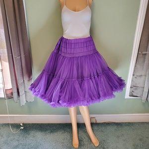 Square dancing skirt in size meduim